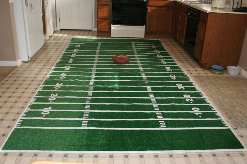 Make a football field rug chica and jo