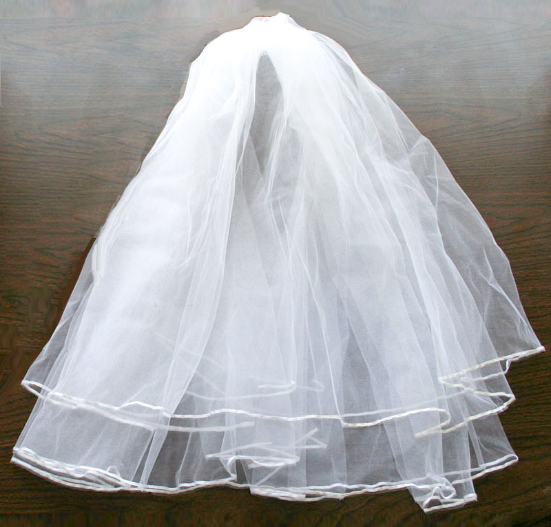 Not Only Did I Make My Own Veil For Wedding But Made Niece A Play With Some Leftover Tulle So She Could Dress Up Bride