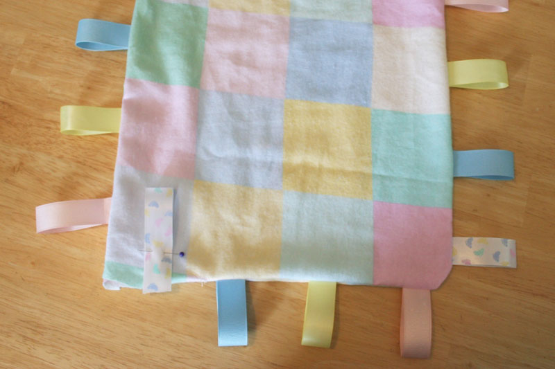 how to make fleece tie blankets