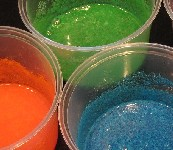 Make finger paints out of Jell-O gelatin mixes