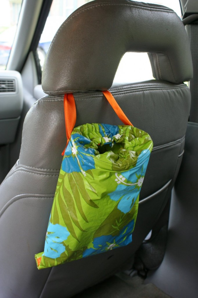 Make A Trash Bag For The Car Chica And Jo