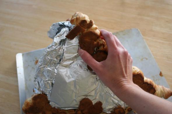 DIY bread cornucopia