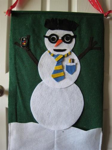 Felt snowman wall hanging
