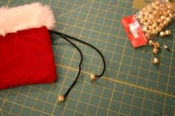 Santa's velvet drawstring pouch