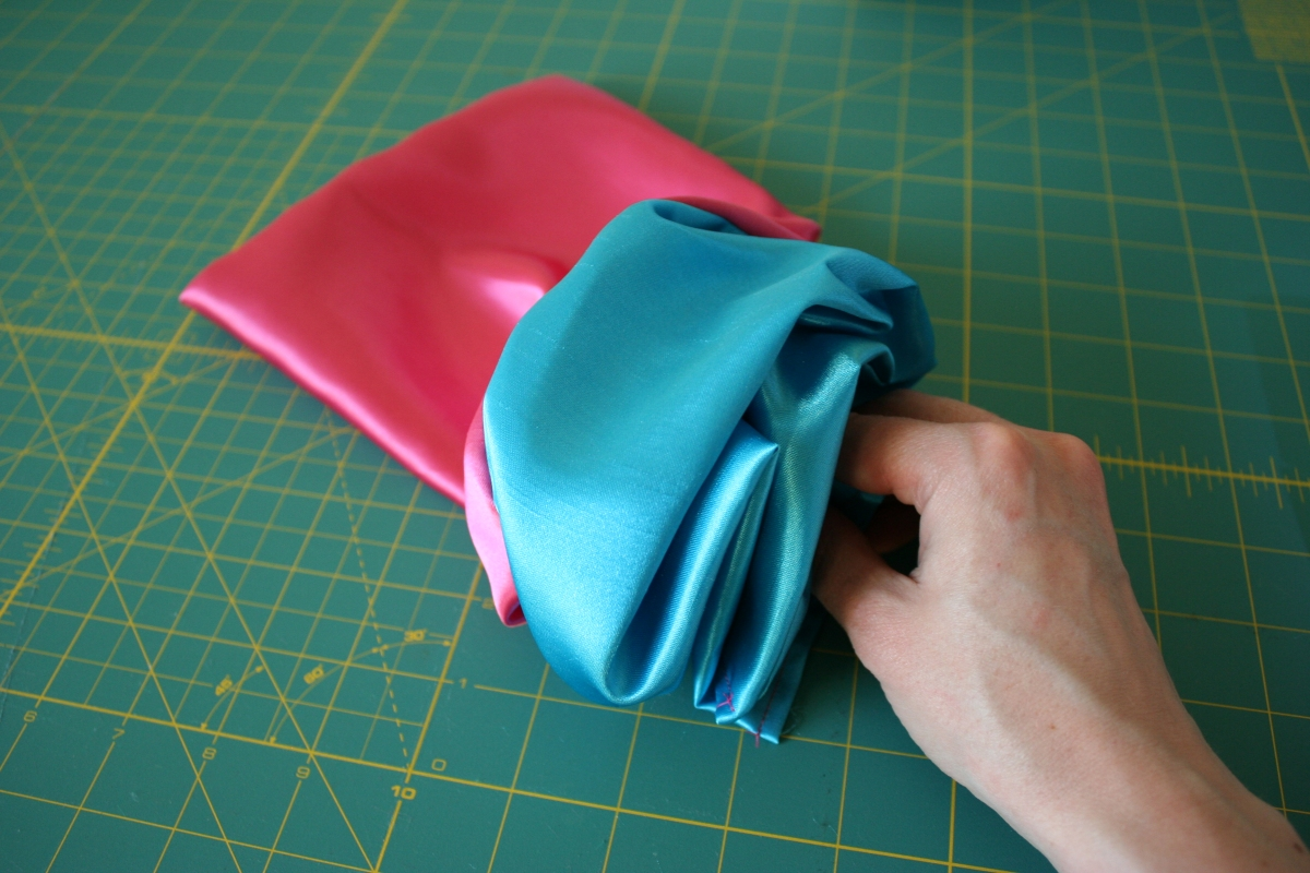 How to make a drawstring bag | Chica and Jo