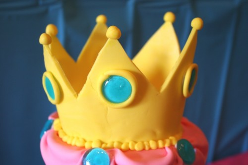 Princess Peach cake