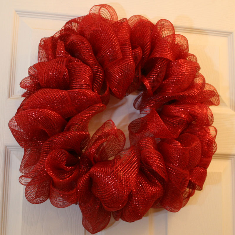 How to make a mesh ribbon wreath chica and jo Making wreaths