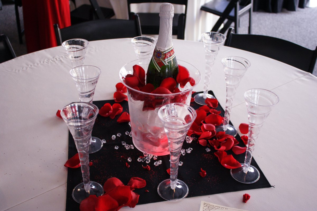 Lighted Champagne Centerpieces