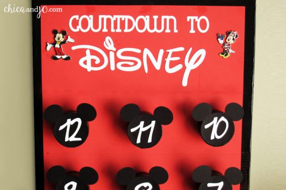 Disney pin trading countdown