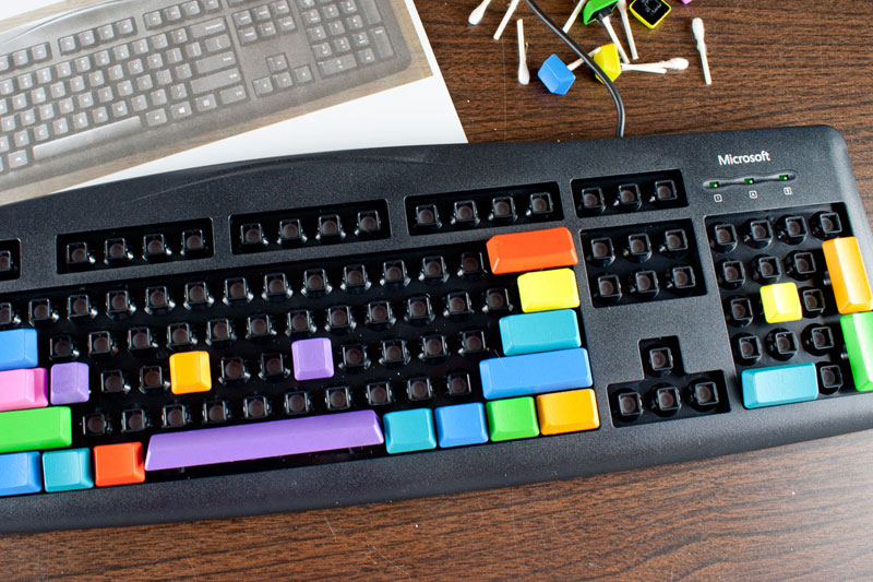 How To Make A Bump Key >> DIY Colorful Computer Keyboard | Chica and Jo