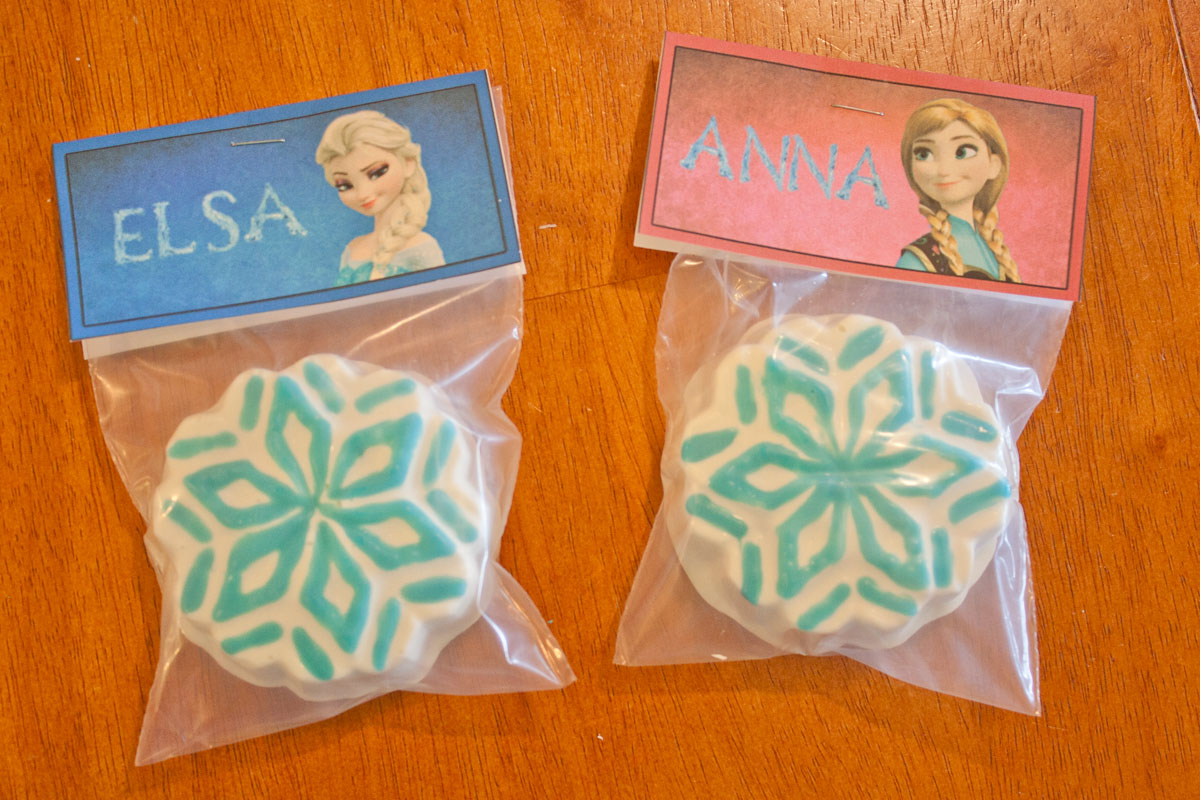 Disney Frozen Party Favors