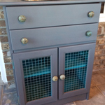 https://www.chicaandjo.com/wp-content/uploads/2014/09/Chalk-Paint-Cabinet-Thumb.jpg
