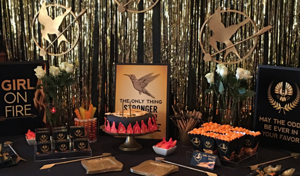 Hunger Games Cake Table