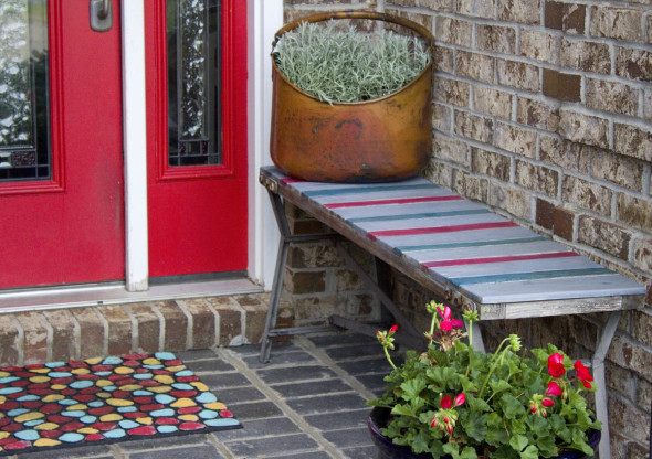 Outdoor bench make-over with colored stain