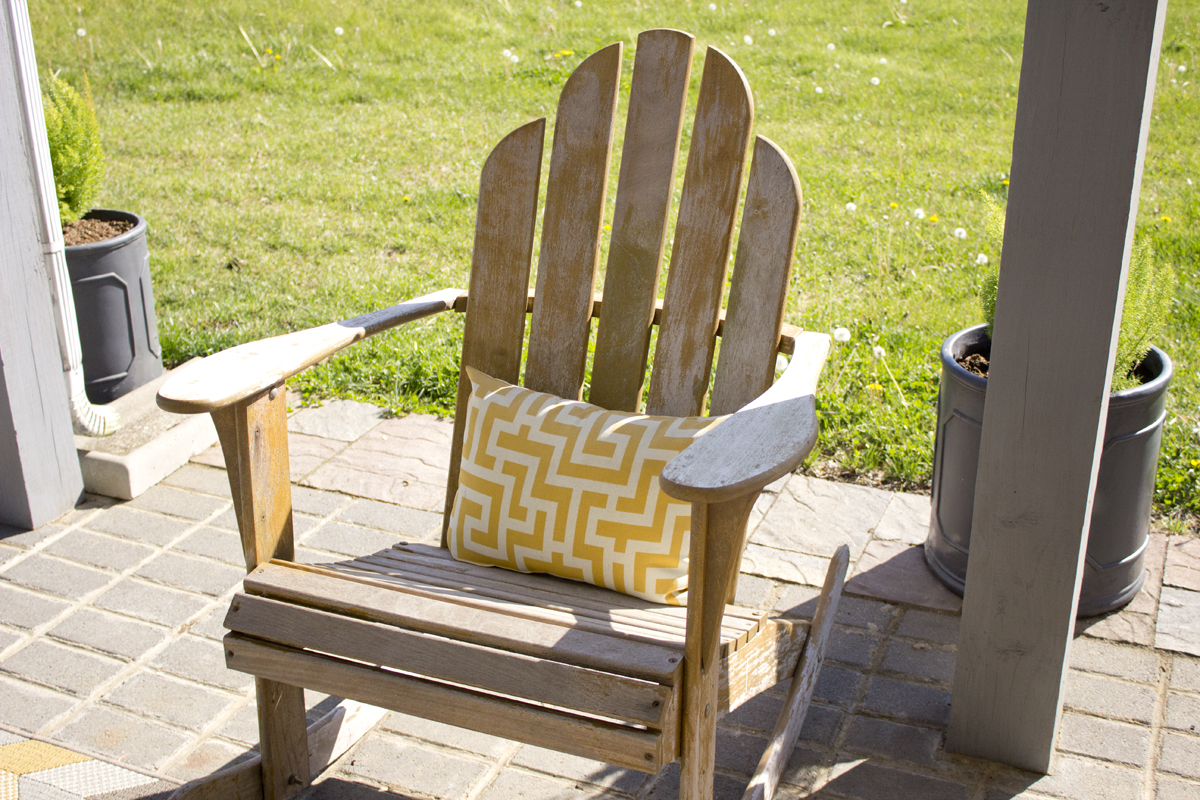Make-over Of Outdoor Swing And Adirondack Chairs