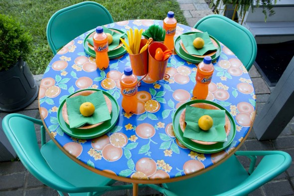Refurbish a folding card table and metal chairs