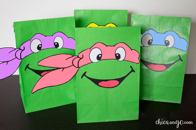 Teenage Mutant Ninja Turtles party favors and invitations ...